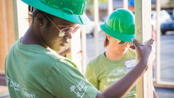 Women build volunteers