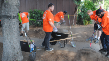 Team Depot volunteers