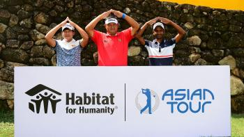 "Asian Tour golfers making the ""house"" gesture"