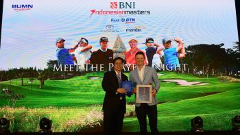Golfer Justin Rose donates to Habitat Indonesia's relief efforts.