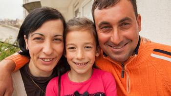 Photo: family from Macedonia smiling
