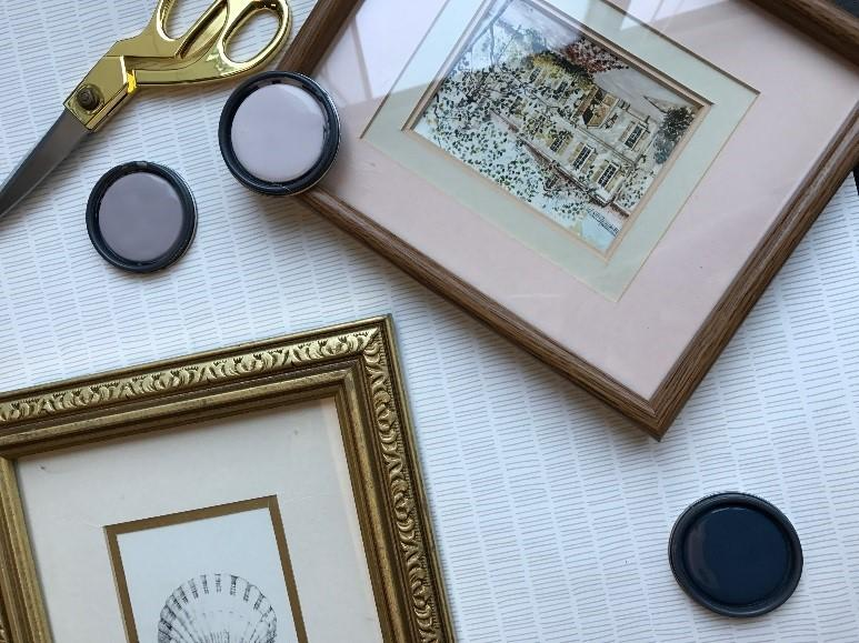 Make Your Own Gallery Wall With Vintage Frames Hfhskc
